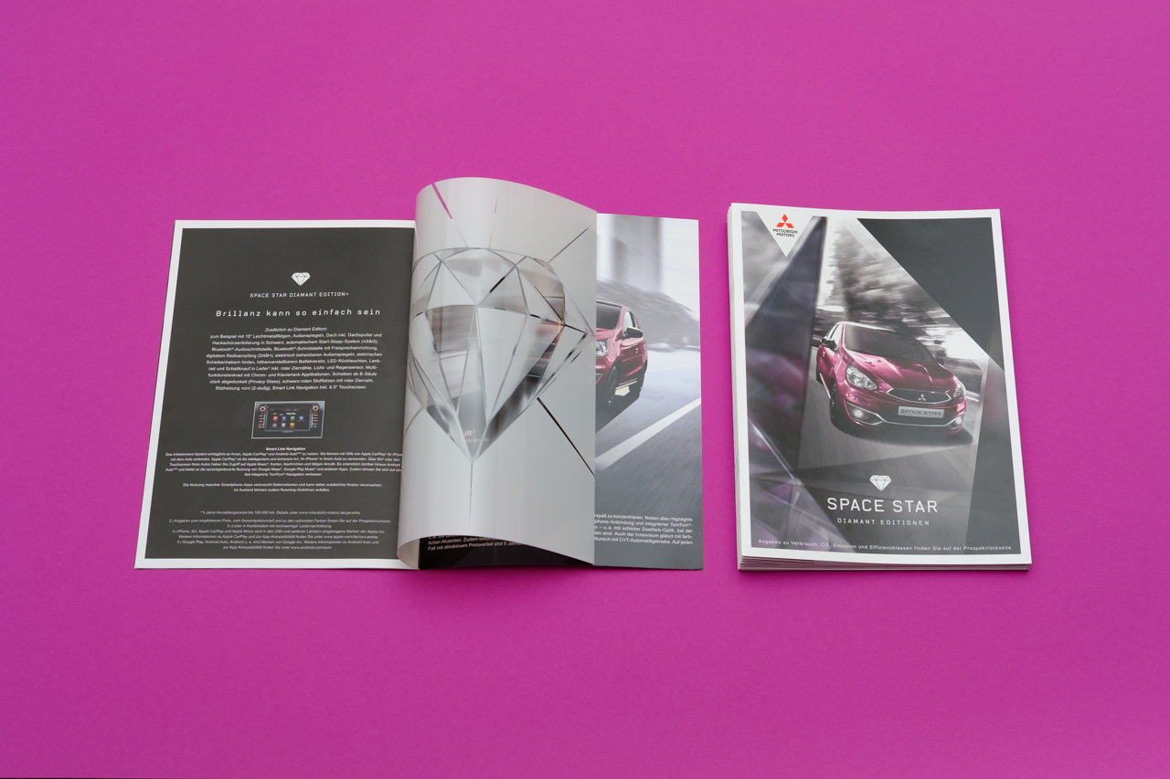 blokstudio Automobile Mitsubishi Diamant Edition Print Space Star